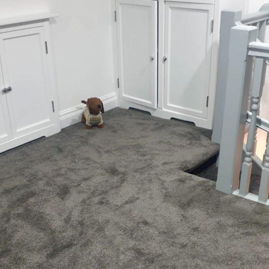 square spiral carpet grey