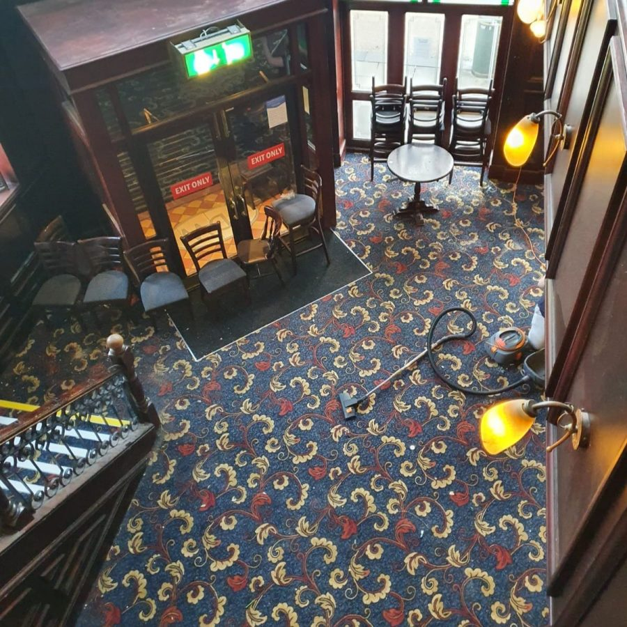 oldham wetherspoons new carpet entrance looking down